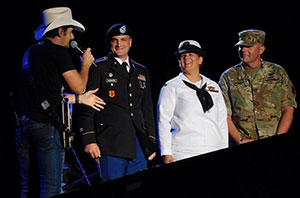 Brad Paisley with CCC Veterans